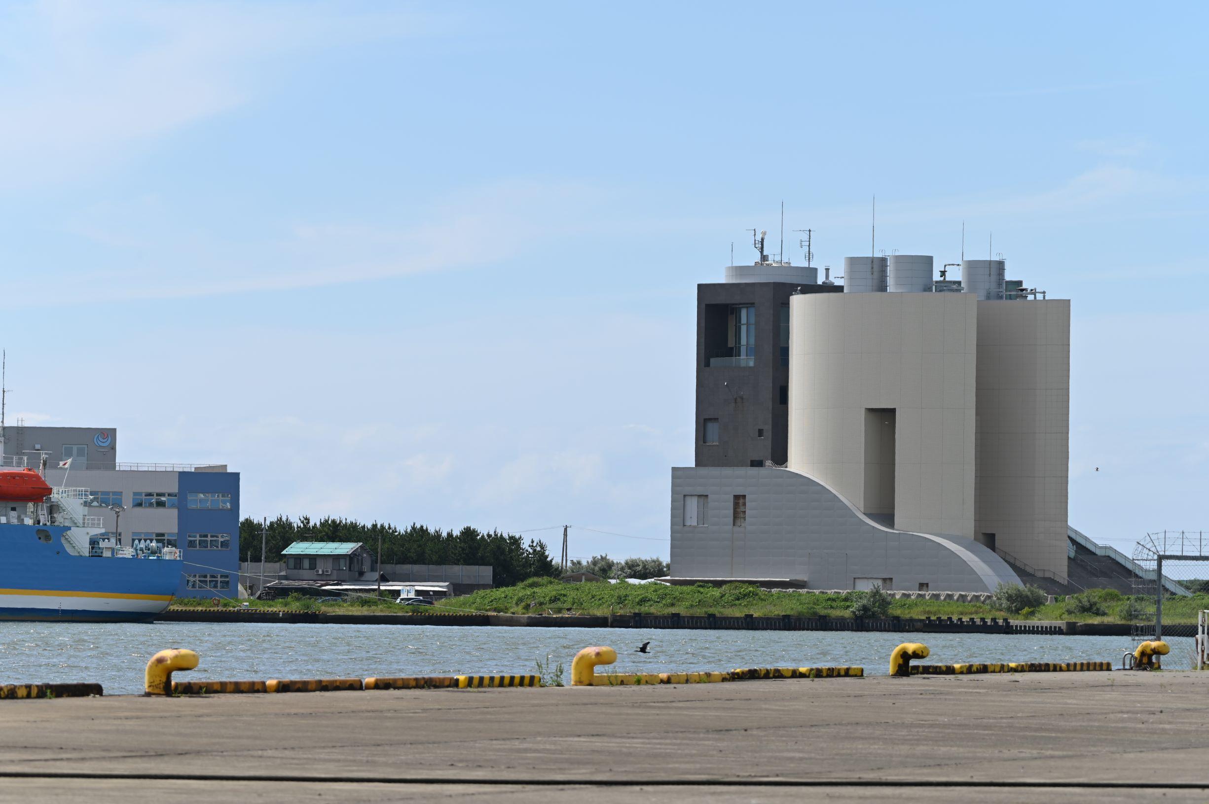 新潟県 新潟西港でフェリーなど撮影してきました